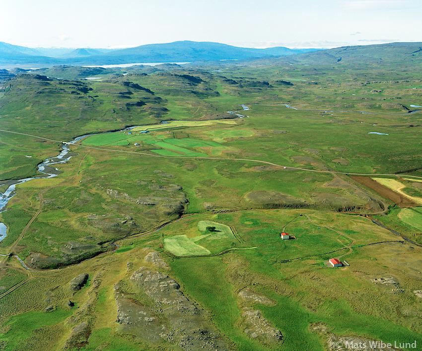 Bót og Flúðir séð til súðurs, Fljótsdalshérað áður Tunguhreppur   /   Bot and Fludir, viewing south, Fljiotsdalsherad former Tunguhreppur
