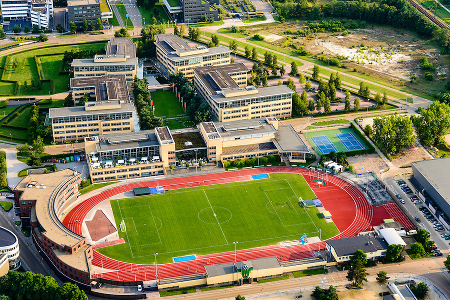 Nederland, Noord-Holland, Hilversum, 05-08-2014; bedrijventerrein Arenapark met onder andere hoofdkantoor Nike en atletiekbaan<br /> Arena Business Park, Nike headquarters and athletics track.<br /> aerial photo (additional fee required);<br /> copyright foto/photo Siebe Swart.