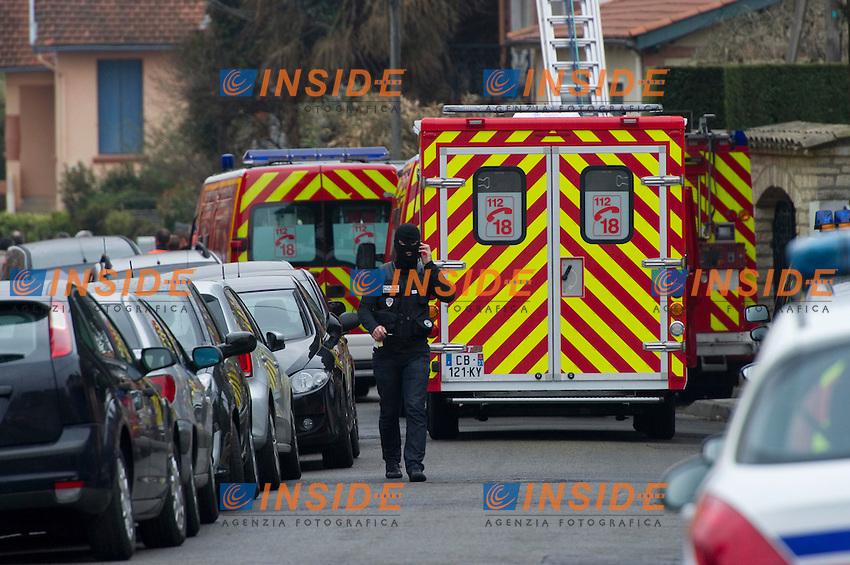 Tentativo di arresto di Mohamed Merah, l'attentatore che il 19/3/2012 a Tolosa, ha ucciso tre bambini e un rabbino della scuola ebraica Eleves Ozar Hatorah .Tolosa 21/3/2012 .Foto Insidefoto / Christian Nitard  / Panoramic.ITALY ONLY