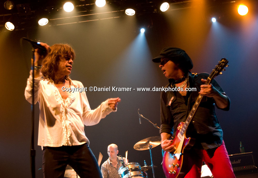 David Johansen performs with The New York Dolls at the Granada Theater in Dallas, Texas on April 20 2008.