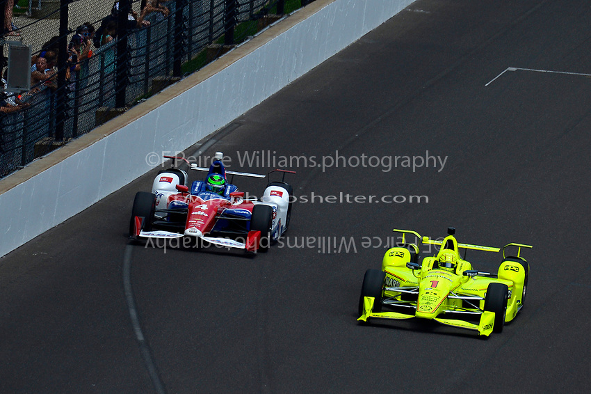 Verizon IndyCar Series<br /> Indianapolis 500 Race<br /> Indianapolis Motor Speedway, Indianapolis, IN USA<br /> Sunday 28 May 2017<br /> Conor Daly, A.J. Foyt Enterprises Chevrolet, Simon Pagenaud, Team Penske Chevrolet<br /> World Copyright: F. Peirce Williams<br /> LAT Images