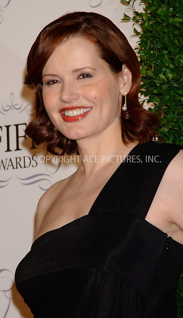 WWW.ACEPIXS.COM . . . . . ....NEW YORK, APRIL 3, 2006....Geena Davis at the 34th Annual FiFi Awards.....Please byline: KRISTIN CALLAHAN - ACEPIXS.COM.. . . . . . ..Ace Pictures, Inc:  ..Philip Vaughan (212) 243-8787 or (646) 679 0430..e-mail: info@acepixs.com..web: http://www.acepixs.com