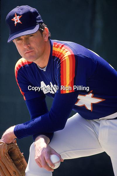 UNDATED:  Pitcher Nolan Ryan #34 of the Houston Astros poses for a photo circa 1980-88. (Rich Pilling)