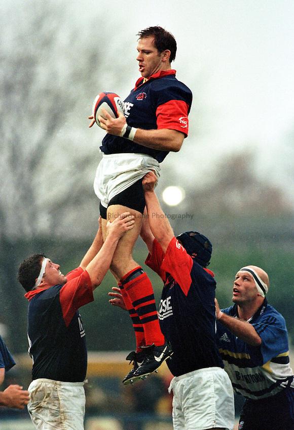 Photo: Ken Brown.31.10.98  London Scottish v Bath.Mick Watson