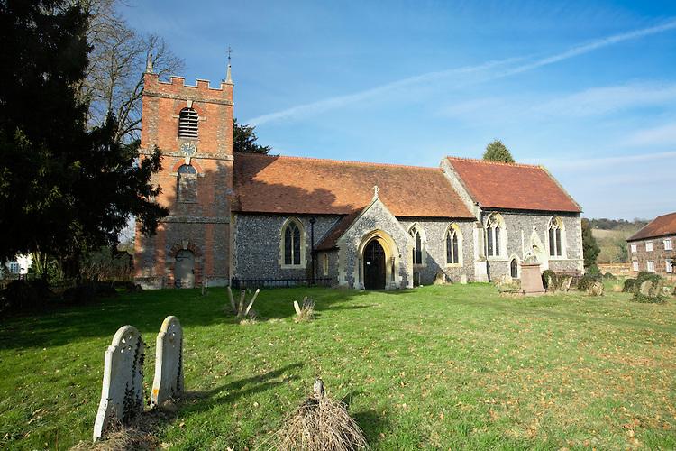 St Bartholomew's Parish Church in Lower Basildon, Berkshire, Uk