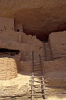 Anasazi cliff dwellings, Long House on Wetherhill Mesa, Mesa Verde National Park, Colorado, U.S.A.