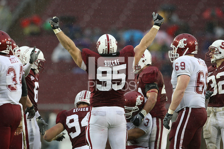 STANFORD, CA - NOVEMBER 1: Defensive tackle Brian Bulcke #95 of the Stanford Cardinal during Stanford's 58-0 win over the Washington State Cougars on November 1, 2008 at Stanford Stadium in Stanford, California.