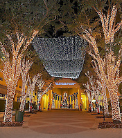 TAE- 5th Avenue Illuminated Restaurants & Shops, Naples Fl 12 13