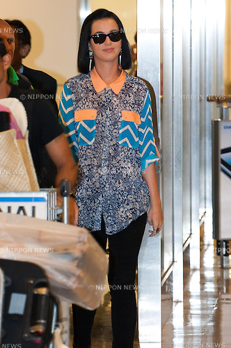 """SEPTEMBER 23, 2012, Tokyo, Japan - Katy Perry arrives at Narita International Airport. She visits Japan to promote her movie ''Katy Perry """"Part of Me"""". (Photo by Michael Steinebach/AFLO)"""