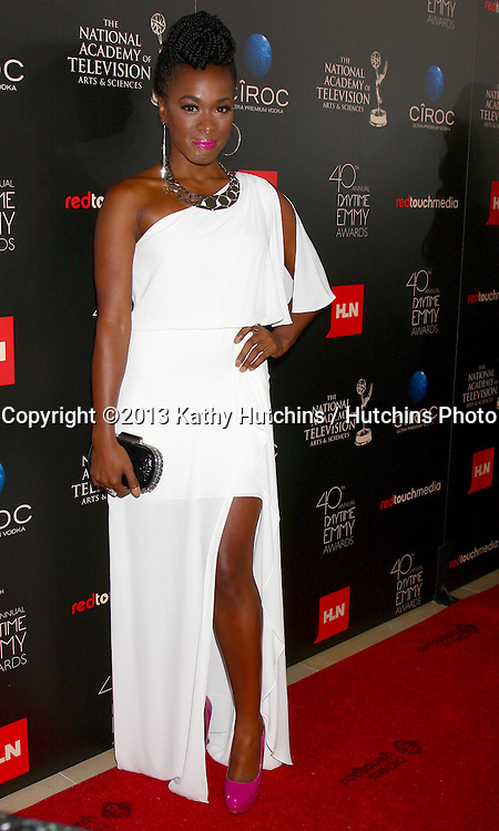 LOS ANGELES - JUN 16:  Kristolyn Lloyd arrives at the 40th Daytime Emmy Awards at the Skirball Cultural Center on June 16, 2013 in Los Angeles, CA