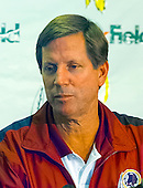 Washington Redskins head coach Norv Turner speaks to the media following his team's 27 - 21 loss to the Dallas Cowboys at FedEx Field in Landover, Maryland on Monday, September 18, 2000.<br /> Credit: Arnie Sachs / CNP
