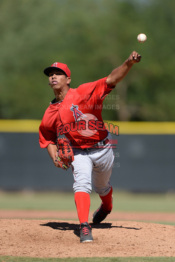 Los Angels Angels of Anaheim pitcher Ricardo Sanchez (32) during an instructional league game against the Colorado Rockies on September 30, 2013 at Tempe Diablo Stadium Complex in Tempe, Arizona.  (Mike Janes/Four Seam Images)