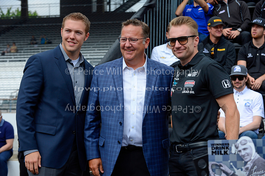 Verizon IndyCar Series<br /> Indianapolis 500 Drivers Meeting<br /> Indianapolis Motor Speedway, Indianapolis, IN USA<br /> Saturday 27 May 2017<br /> Starter's ring presentation: Jay Howard, Schmidt Peterson Motorsports Honda<br /> World Copyright: F. Peirce Williams