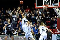 GRONINGEN - Basketbal, Donar - Cluj ,  Europe League, seizoen 2017-2018, 24-01-2018,  Cluj  speler  Giordan Warson in duel met Donar speler Brandyn Curry