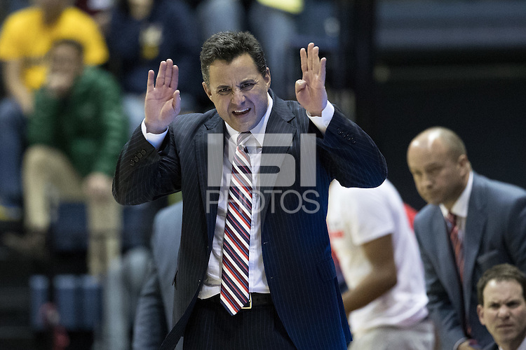 BERKELEY, CA - December 30, 2016: Cal Bears Men's Basketball team vs. the Arizona Wildcats at Haas Pavilion. Final score, Cal Bears 62, Arizona Wildcats 67.