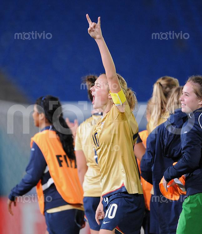 Fussball Frauen FIFA U 17  Weltmeisterschaft 2008    13.11.2008 Halbfinale Deutschland - USA SCHLUSSJUBEL USA,  Kristie  Mewis