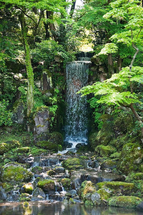 Midori Waterfall in Kenrokuen Garden, Kanazawa, Japan. The waterfall, though manmade, is crafted to look completely natural.