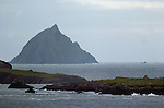 Beginish Island in the foreground, (Toireacht in background), where a number oif seals were found dead yesterday.<br /> Picture by Don MacMonagle<br /> Story by Anne Lucey