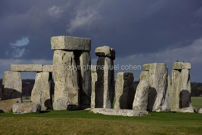 Horseshoe of Sarsen Trilithons, circle of Sarsen stones with lintels, Stonehenge, Neolithic and Bronze Age megalithic monument, 3050 - 1500 BC, Salisbury, Wiltshire, England, UK. Picture by Manuel Cohen