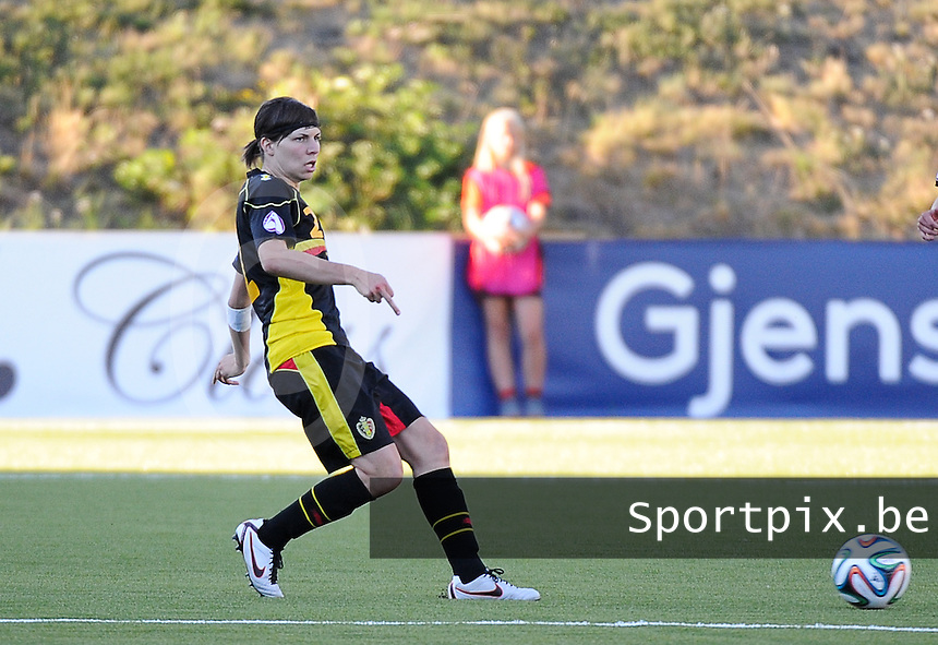20140718 - Tonsberg , NORWAY : Belgian Karen Verrydt pictured during the female soccer match between Women under 19 teams of Norway and Belgium , on the second matchday in group A of the UEFA Women Under19 European Championship at Tonsberg Stadion , Norway . Friday 18th July 2014 . PHOTO DAVID CATRY