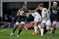 Semesa Rokoduguni of Bath Rugby in possession. European Rugby Champions Cup match, between Bath Rugby and Leinster Rugby on November 21, 2015 at the Recreation Ground in Bath, England. Photo by: Patrick Khachfe / Onside Images