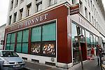 20080109 - France - Aquitaine - Pau<br /> UN DES LIEUX FETICHES DE BAYROU A PAU : LA LIBRAIRIE TONNET.<br /> Ref : LIBRAIRIE_TONNET_002.jpg - © Philippe Noisette.