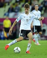 FUSSBALL  EUROPAMEISTERSCHAFT 2012   VIERTELFINALE Deutschland - Griechenland     22.06.2012 Thomas Mueller (Deutschland) Einzelaktion am Ball