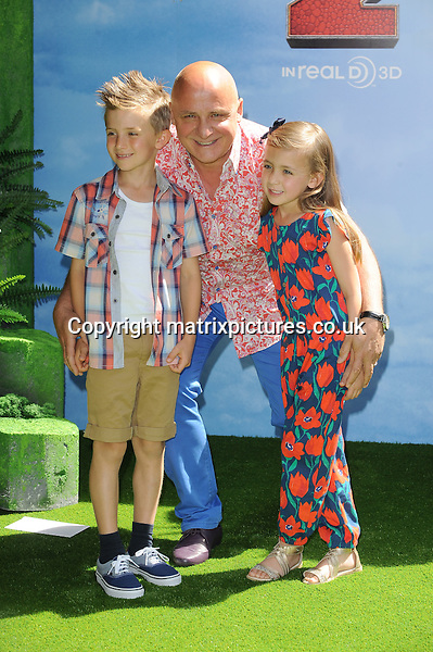 NON EXCLUSIVE PICTURE: PAUL TREADWAY / MATRIXPICTURES.CO.UK<br /> PLEASE CREDIT ALL USES<br /> <br /> WORLD RIGHTS<br /> <br /> Italian celebrity chef Aldo Zilli attending the UK Gala Screening of How To Train Your Dragon 2, at The Vue Leicester Square in London.<br /> <br /> JUNE 22nd 2014<br /> <br /> REF: PTY 142972