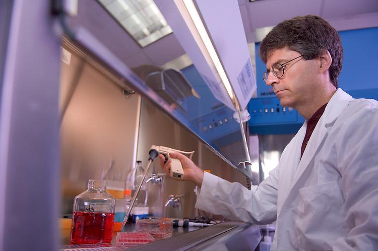 18491College of Engineering: EBI lab..Doug Goetz