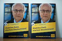 Berlin, Wahlplakate mit FDP-Spitzenkandidaten und Fraktionsvoritzenden der FDP im Bundestag, Rainer Brüderle, steht am Montag (13.05.13) in der Parteizentrale im Thomas-Dehler-Haus bei einer Sitzung des Präsidiums. Foto: Steffi Loos/CommonLens.