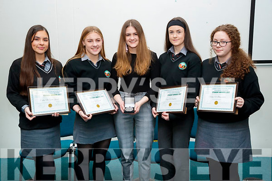 Gaelcholáiste Chiarraí students pictured he Kerry Education and Training Board student awards night, at the Institute of Technology, Tralee on Friday night last were l-r: Caitlin Nic Giolla Ghunna, Aoife Ní Chonaill, Niamh Ní Chonaill, Aoife Ní Dhuilleáin and Molly Ni Bhrosnacháin.