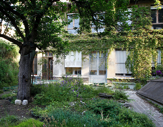 The Ilot Buffon-Poliveau, an area of buildings housing collections, laboratories and libraries, belonging to theMuseum National d'Histoire Naturelleand located in front of the Jardin des Plantes, Paris, 5th arrondissement, France. Picture by Manuel Cohen