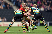 Jackson Wray of Saracens takes on the Northampton Saints defence. Aviva Premiership match, between Northampton Saints and Saracens on April 16, 2017 at Stadium mk in Milton Keynes, England. Photo by: Patrick Khachfe / JMP