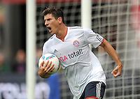 FUSSBALL   1. BUNDESLIGA  SAISON 2011/2012   4. Spieltag 1. FC Kaiserslautern - FC Bayern Muenchen         27.08.2011 JUBEL nach dem TOR zum 0:1 durch Mario Gomez (FC Bayern Muenchen)