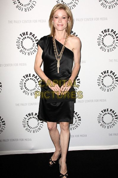 "JULIE BOWEN.27th Annual PaleyFest Presents ""Modern Family"" held At The Saban Theatre, Beverly Glen Circle, California, USA, 26th February 2010..arrivals full length one shoulder dress open peep toe sandals slingbacks shoes gold necklace black .CAP/ADM/KB.©Kevan Brooks/Admedia/Capital Pictures"