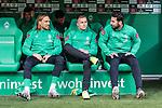 02.11.2019, wohninvest WESERSTADION, Bremen, GER, 1.FBL, Werder Bremen vs SC Freiburg<br /> <br /> DFL REGULATIONS PROHIBIT ANY USE OF PHOTOGRAPHS AS IMAGE SEQUENCES AND/OR QUASI-VIDEO.<br /> <br /> im Bild / picture shows<br /> Michael Lang (Werder Bremen #04), <br /> Johannes Eggestein (Werder Bremen #24), <br /> Claudio Pizarro (Werder Bremen #14), <br /> auf Ersatzbank, <br /> <br /> Foto © nordphoto / Ewert