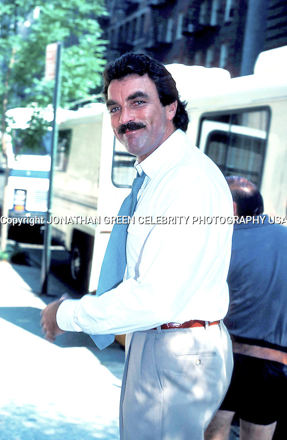 TOM SELLECK 06-1987.PHOTO BY JONATHAN GREEN