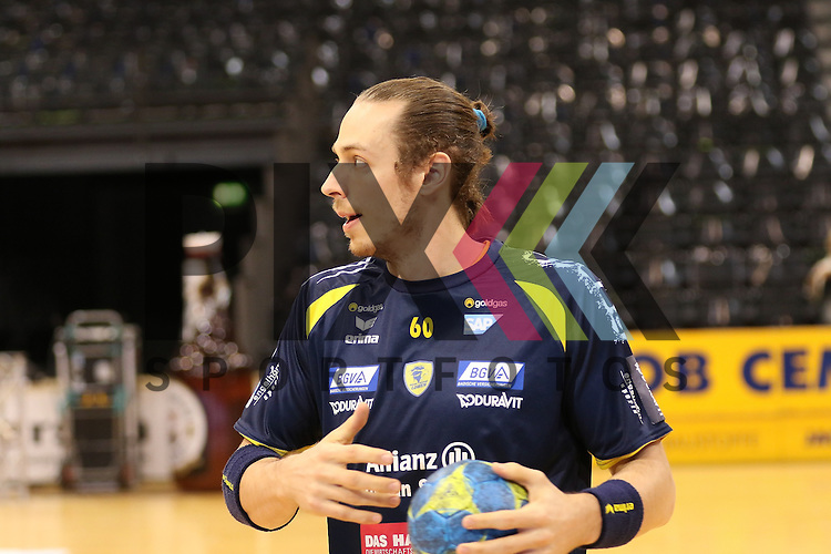 Flensburg, 02.12.15, Sport, Handball, DKB Handball Bundesliga, Saison 2015/2016, SG Flensburg-Handewitt-Rhein-Neckar L&ouml;wen : Kim Ekdahl Du Rietz (Rhein-Neckar L&ouml;wen, #60)<br /> <br /> Foto &copy; PIX-Sportfotos *** Foto ist honorarpflichtig! *** Auf Anfrage in hoeherer Qualitaet/Aufloesung. Belegexemplar erbeten. Veroeffentlichung ausschliesslich fuer journalistisch-publizistische Zwecke. For editorial use only.