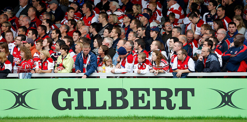 Photo: Richard Lane/Richard Lane Photography. Gloucester Rugby v Leicester Tigers. Guinness Premiership. 07/09/2008. Gloucester fans in the shed.