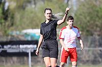 Schiedsrichterin Felina Dietsch (Langen) - 07.04.2019: SKV Büttelborn vs. TSV Lengfeld, Gruppenliga Darmstadt