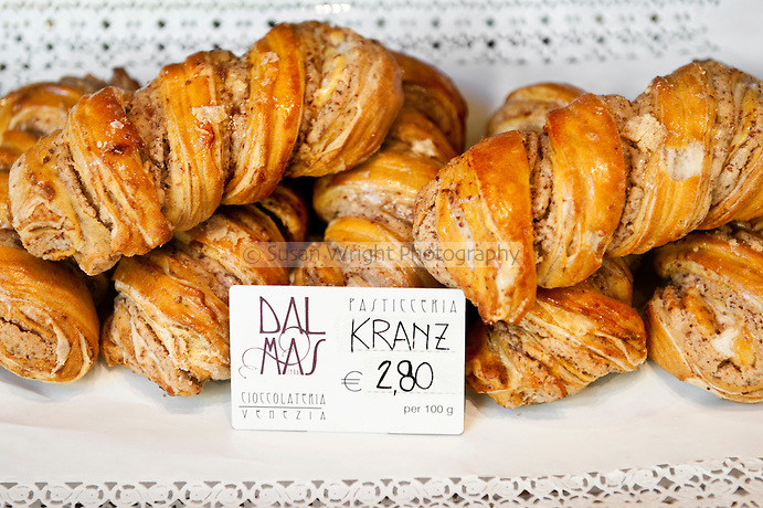 Traditional dolce of Venice - Kranz for sale at Dal Mas Cioccolateria, Venice, Italy
