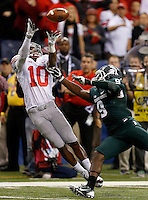 Ohio State Buckeyes wide receiver Philly Brown (10) can't make the catch against Michigan State Spartans safety Isaiah Lewis (9) during the first half of the Big Ten Championship football game at Lucas Oil Stadium in Indianapolis on Friday, December 7, 2013. (Columbus Dispatch photo by Jonathan Quilter)