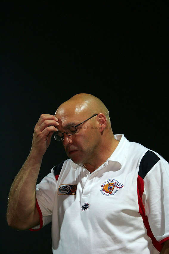 Photo: Andrew Unwin..Wakefield Wildcats v Castleford Tigers. Engage Super League. 16/09/2006..Wakefield's coach John Kear.