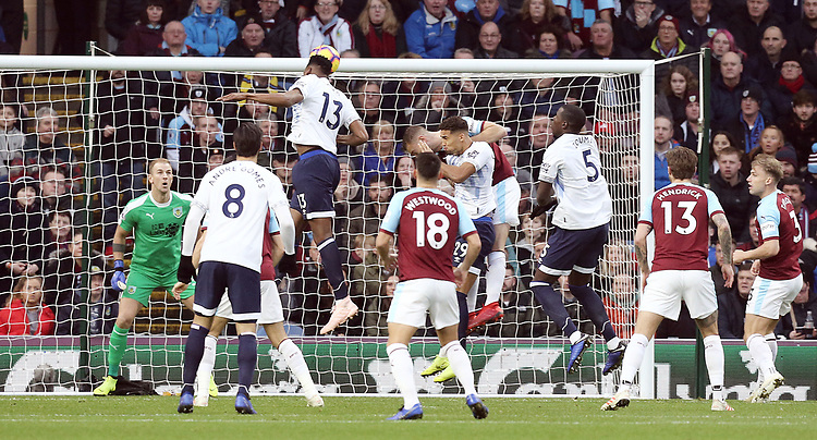 Everton's Yerry Mina scores the opening goal past Burnley's Joe Hart<br /> <br /> Photographer Rich Linley/CameraSport<br /> <br /> The Premier League - Burnley v Everton - Wednesday 26th December 2018 - Turf Moor - Burnley<br /> <br /> World Copyright © 2018 CameraSport. All rights reserved. 43 Linden Ave. Countesthorpe. Leicester. England. LE8 5PG - Tel: +44 (0) 116 277 4147 - admin@camerasport.com - www.camerasport.com