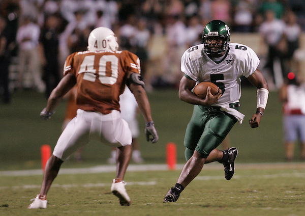 AUSTIN, TX  SEPTEMBER 4: Joey Byerly #5 - University of North Texas Mean Green Football vs University of Texas Longhorns  at Darrell K Royal-Texas Memorial Stadium  in Austin September 4, 2004 in Austin, TX.  UT won . Photo by Rick Yeatts