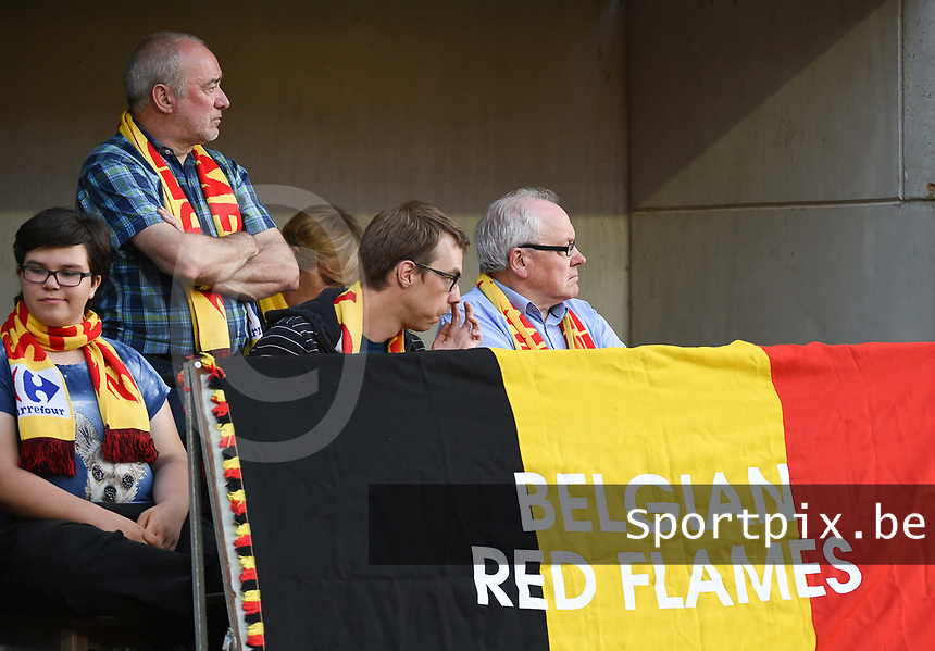 20170613 - LEUVEN ,  BELGIUM : Belgian fans pictured during the female soccer game between the Belgian Red Flames and Japan , a friendly game before the European Championship in The Netherlands 2017  , Tuesday 13 th Juin 2017 at Stadion Den Dreef  in Leuven , Belgium. PHOTO SPORTPIX.BE | DIRK VUYLSTEKE