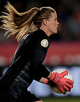 CARSON, CA - FEBRUARY 7: Alyssa Naeher #1 GK of the United States during a game between Mexico and USWNT at Dignity Health Sports Park on February 7, 2020 in Carson, California.