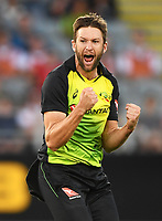 Australian bowler Andrew Tye celebrates the wicket of Santner.<br /> New Zealand Black Caps v Australia.Tri-Series International Twenty20 cricket final. Eden Park, Auckland, New Zealand. Wednesday 21 February 2018. &copy; Copyright Photo: Andrew Cornaga / www.Photosport.nz