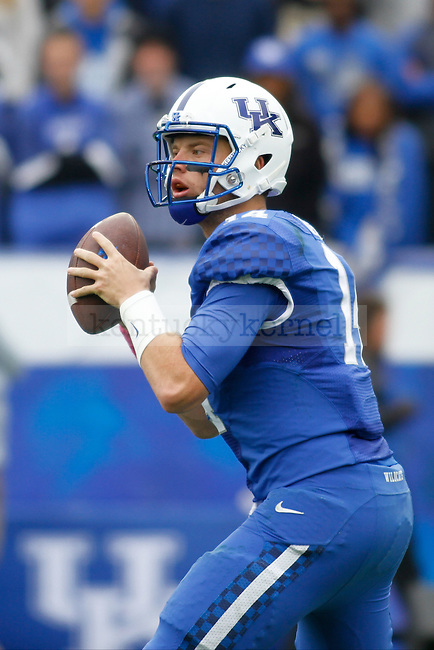 Kentucky sophomore quarterback Patrick Towles looks to pass the ball during the first half of the Kentucky vs. University of Louisiana at Monroe football game at Commonwealth Stadium in Lexington, Ky., on Saturday, October 11, 2014. Photo by Jonathan Krueger | Staff