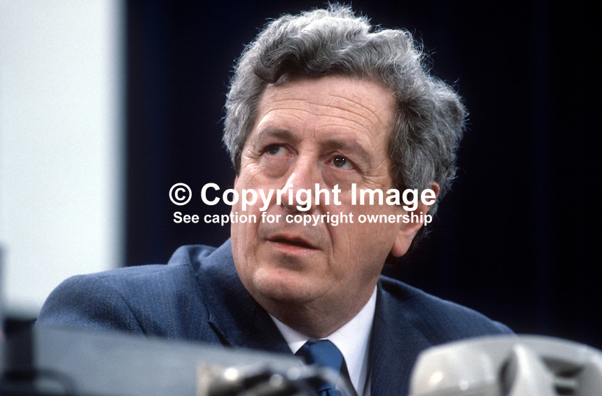 Garret FitzGerald, leader, Fine Gael, political party, Rep of Ireland, on platform at his party's annual conference, aka Ard Fheis. 198103000059GF1.<br />